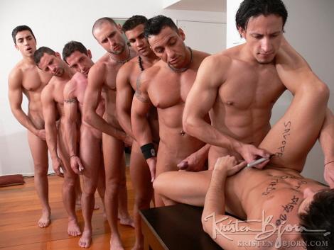 фото видео парней геев москвы